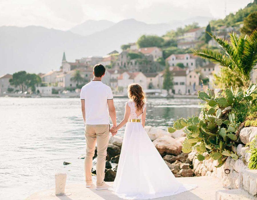 honeymoon-couple-travel-europe-small.jpg