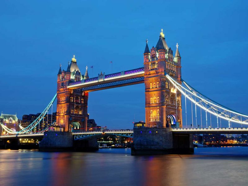 london-landmark-towerbridge-small.jpg